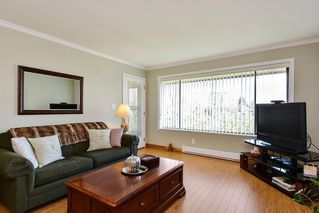 "Photo 10: 301 1531 MERKLIN Street: White Rock Condo for sale in ""Berkley Court"" (South Surrey White Rock)  : MLS®# R2306522"