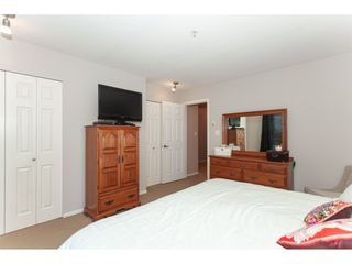 "Photo 14: 10 9036 208 Street in Langley: Walnut Grove Townhouse for sale in ""Hunter's Glen"" : MLS®# R2326258"