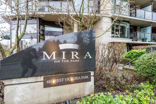 "Main Photo: 906 683 W VICTORIA Park in North Vancouver: Lower Lonsdale Condo for sale in ""Mira on the Park"" : MLS®# R2327911"
