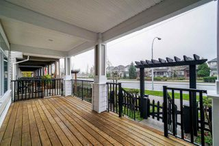 Photo 2: 19895 72 Avenue in Langley: Willoughby Heights House for sale : MLS®# R2343359