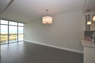 """Photo 4: 1702 2180 GLADWIN Road in Abbotsford: Central Abbotsford Condo for sale in """"MAHONGANY AT MILL LAKE"""" : MLS®# R2352137"""
