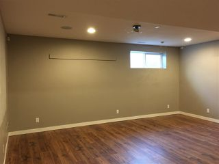 Photo 16: 2408 SPARROW Crescent in Edmonton: Zone 59 House Half Duplex for sale : MLS®# E4143277