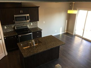Photo 3: 2408 SPARROW Crescent in Edmonton: Zone 59 House Half Duplex for sale : MLS®# E4143277