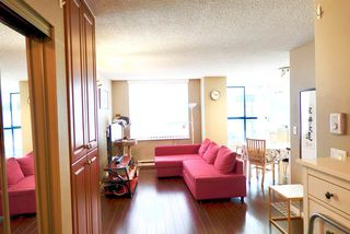 "Photo 2: 220 1268 W BROADWAY in Vancouver: Fairview VW Condo for sale in ""CITY GARDENS"" (Vancouver West)  : MLS®# R2370185"