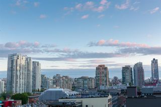 "Photo 16: 809 928 HOMER Street in Vancouver: Yaletown Condo for sale in ""YALETOWN PARK 1"" (Vancouver West)  : MLS®# R2372319"