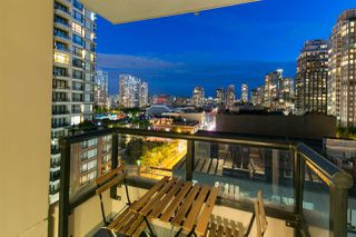 "Photo 15: 809 928 HOMER Street in Vancouver: Yaletown Condo for sale in ""YALETOWN PARK 1"" (Vancouver West)  : MLS®# R2372319"