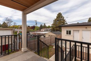 Photo 19: 2537 E 8TH Avenue in Vancouver: Renfrew VE House for sale (Vancouver East)  : MLS®# R2381824