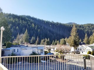 "Photo 14: 28 14600 MORRIS VALLEY Road in Mission: Lake Errock Manufactured Home for sale in ""TAPADERA ESTATES"" : MLS®# R2387825"