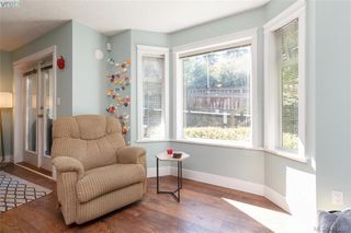 Photo 12: 3 2921 Cook St in VICTORIA: Vi Mayfair Row/Townhouse for sale (Victoria)  : MLS®# 823838
