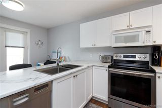 Photo 17: 3 2921 Cook St in VICTORIA: Vi Mayfair Row/Townhouse for sale (Victoria)  : MLS®# 823838