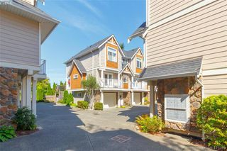 Photo 3: 3 2921 Cook St in VICTORIA: Vi Mayfair Row/Townhouse for sale (Victoria)  : MLS®# 823838