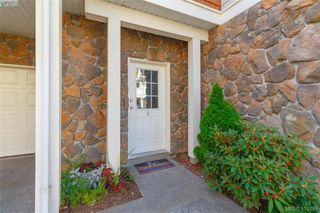 Photo 5: 3 2921 Cook St in VICTORIA: Vi Mayfair Row/Townhouse for sale (Victoria)  : MLS®# 823838