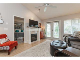"Photo 3: 71 17516 4 Avenue in Surrey: Pacific Douglas Townhouse for sale in ""DOUGLAS POINT"" (South Surrey White Rock)  : MLS®# R2420929"