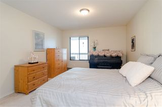 "Photo 10: 511 1353 VIDAL Street: White Rock Condo for sale in ""Seapark West"" (South Surrey White Rock)  : MLS®# R2421883"