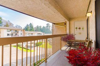 "Photo 15: 511 1353 VIDAL Street: White Rock Condo for sale in ""Seapark West"" (South Surrey White Rock)  : MLS®# R2421883"