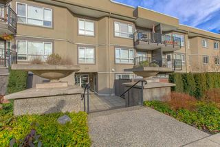"""Main Photo: 219 555 W 14TH Avenue in Vancouver: Fairview VW Condo for sale in """"CAMBRIDGE PLACE"""" (Vancouver West)  : MLS®# R2428465"""