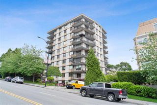 "Main Photo: 102 540 LONSDALE Avenue in North Vancouver: Lower Lonsdale Condo for sale in ""Grosvenor Place"" : MLS®# R2458351"