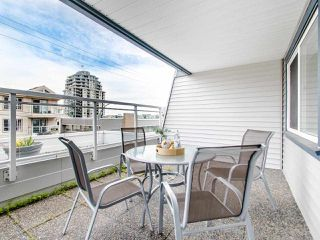 """Photo 18: 119 550 ROYAL Avenue in New Westminster: Downtown NW Condo for sale in """"HARBOURVIEW"""" : MLS®# R2464059"""