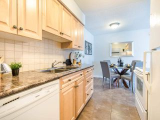"""Photo 9: 119 550 ROYAL Avenue in New Westminster: Downtown NW Condo for sale in """"HARBOURVIEW"""" : MLS®# R2464059"""