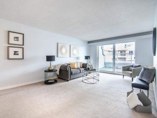 """Photo 3: 119 550 ROYAL Avenue in New Westminster: Downtown NW Condo for sale in """"HARBOURVIEW"""" : MLS®# R2464059"""