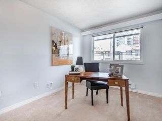 """Photo 14: 119 550 ROYAL Avenue in New Westminster: Downtown NW Condo for sale in """"HARBOURVIEW"""" : MLS®# R2464059"""