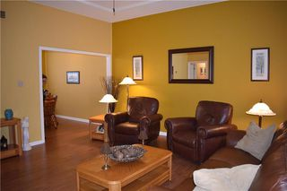 Photo 4: 91 Cedar Avenue in Gimli: Aspen Park Condominium for sale (R26)  : MLS®# 202014045