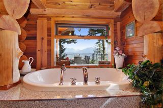 "Photo 14: 8400 GRAND VIEW Drive in Chilliwack: Chilliwack Mountain House for sale in ""Chilliwack Mountain"" : MLS®# R2483464"