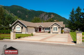Photo 2: 6293 GOLF Road: Agassiz House for sale : MLS®# R2486291