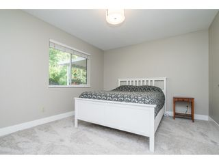 """Photo 13: 33537 BLUEBERRY Drive in Mission: Mission BC House for sale in """"Hillside"""" : MLS®# R2505733"""
