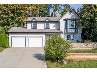"""Photo 1: 33537 BLUEBERRY Drive in Mission: Mission BC House for sale in """"Hillside"""" : MLS®# R2505733"""