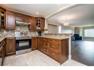 """Photo 12: 33537 BLUEBERRY Drive in Mission: Mission BC House for sale in """"Hillside"""" : MLS®# R2505733"""