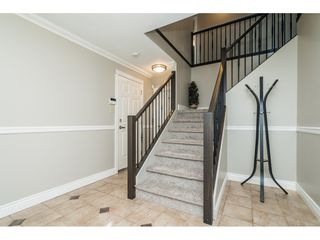 """Photo 3: 33537 BLUEBERRY Drive in Mission: Mission BC House for sale in """"Hillside"""" : MLS®# R2505733"""