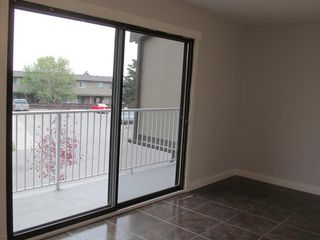 Photo 18: 48 1055 72 Avenue NW in Calgary: Huntington Hills Row/Townhouse for sale : MLS®# A1042900