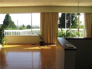 "Photo 5: 2302 HARRISON Drive in Vancouver: Fraserview VE House for sale in ""FRASERVIEW"" (Vancouver East)  : MLS®# V910182"