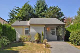 Photo 1: 6657 133B Street in Surrey: West Newton House for sale : MLS®# F1222069