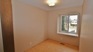 Photo 4: 39 Marchant Crescent in Winnipeg: East Kildonan Residential for sale (North East Winnipeg)