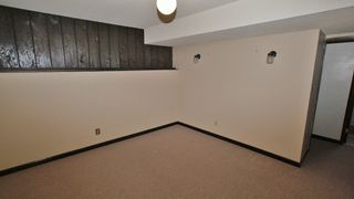 Photo 9: 39 Marchant Crescent in Winnipeg: East Kildonan Residential for sale (North East Winnipeg)