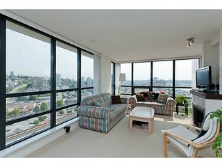 "Photo 9: 1801 1 RENAISSANCE Square in New Westminster: Quay Condo for sale in ""THE Q"" : MLS®# V1045470"