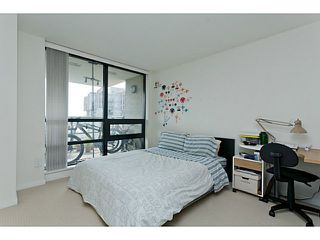 "Photo 10: 1801 1 RENAISSANCE Square in New Westminster: Quay Condo for sale in ""THE Q"" : MLS®# V1045470"