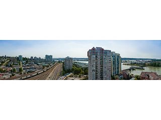 "Photo 1: 1801 1 RENAISSANCE Square in New Westminster: Quay Condo for sale in ""THE Q"" : MLS®# V1045470"