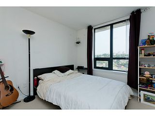 "Photo 13: 1801 1 RENAISSANCE Square in New Westminster: Quay Condo for sale in ""THE Q"" : MLS®# V1045470"