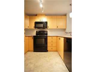 """Photo 11: 63 7488 SOUTHWYNDE Avenue in Burnaby: South Slope Townhouse for sale in """"LEDGESTONE1"""" (Burnaby South)  : MLS®# V1068686"""