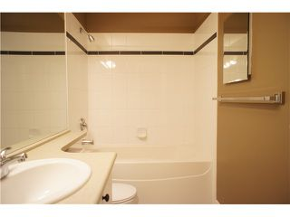 """Photo 16: 63 7488 SOUTHWYNDE Avenue in Burnaby: South Slope Townhouse for sale in """"LEDGESTONE1"""" (Burnaby South)  : MLS®# V1068686"""