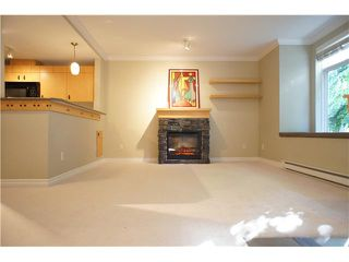 """Photo 3: 63 7488 SOUTHWYNDE Avenue in Burnaby: South Slope Townhouse for sale in """"LEDGESTONE1"""" (Burnaby South)  : MLS®# V1068686"""