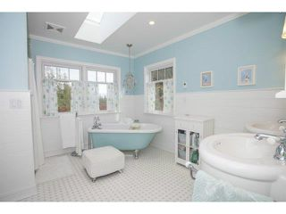 Photo 17: 17318 32ND Avenue in Surrey: Grandview Surrey House for sale (South Surrey White Rock)  : MLS®# F1425731