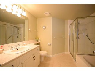 "Photo 8: 205 1330 HUNTER Road in Tsawwassen: Beach Grove Condo for sale in ""SAHALEE"" : MLS®# V1106128"