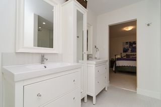 Photo 36: 15569 BUENA VISTA Avenue: White Rock House for sale (South Surrey White Rock)  : MLS®# F1434546