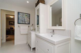 Photo 32: 15569 BUENA VISTA Avenue: White Rock House for sale (South Surrey White Rock)  : MLS®# F1434546