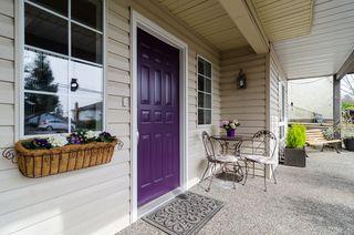 Photo 3: 15569 BUENA VISTA Avenue: White Rock House for sale (South Surrey White Rock)  : MLS®# F1434546