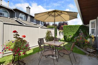 "Photo 18: 6139 W BOUNDARY Drive in Surrey: Panorama Ridge Townhouse for sale in ""LAKEWOOD GARDENS"" : MLS®# F1448168"